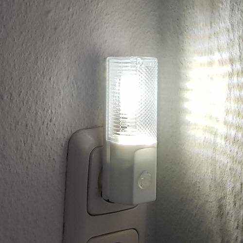 Led Nachtlicht mit Sensor leuchtend