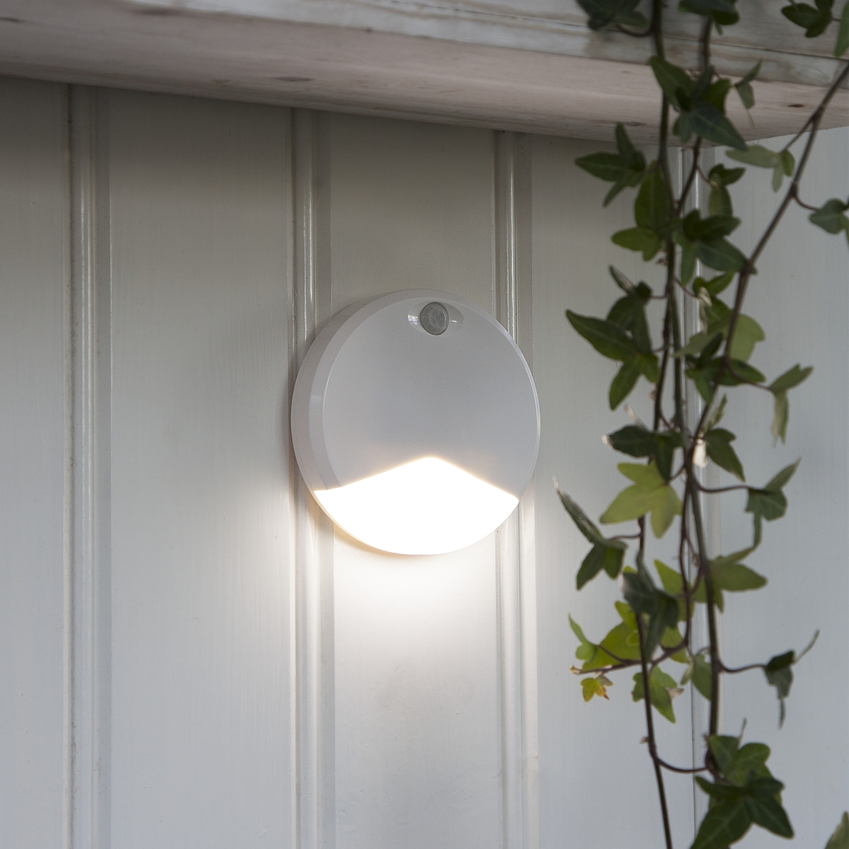 led beleuchtung ohne kabel sengled pulse flex set with. Black Bedroom Furniture Sets. Home Design Ideas